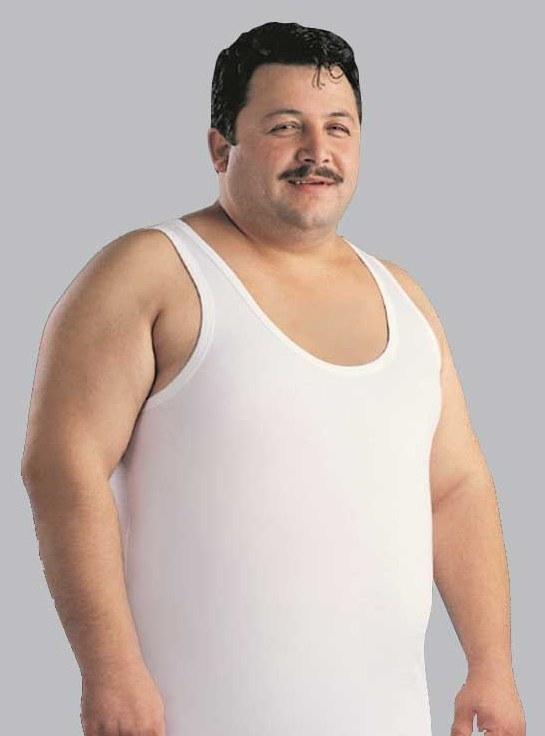 beyaz-atletli-gobekli-adam