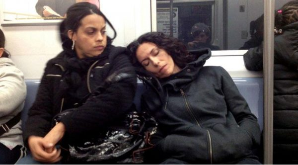 metroda-uyumak-2