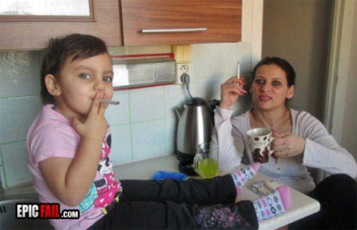 parenting-fails-sigara-icen-cocuk