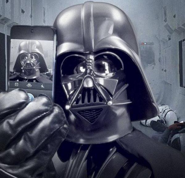 darth-vader-selfie