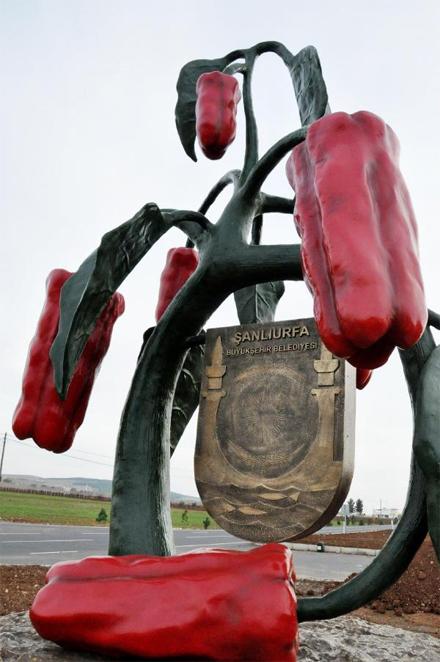 sanliurfa-isot-heykeli
