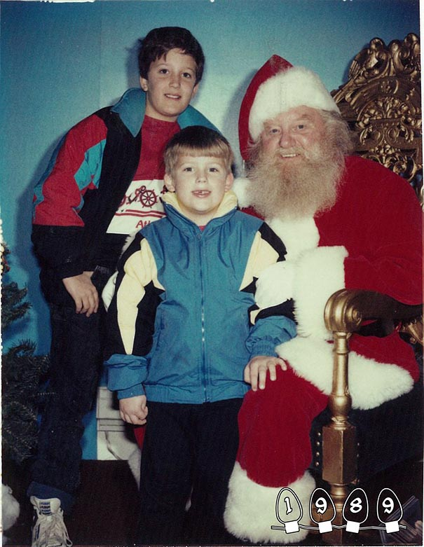 two-brothers-annual-santa-photos-34-years-10