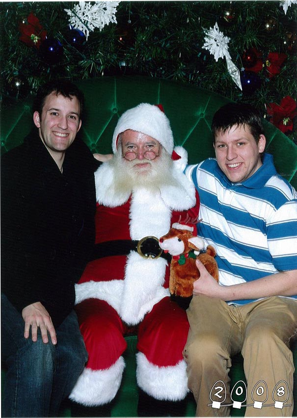 two-brothers-annual-santa-photos-34-years-29