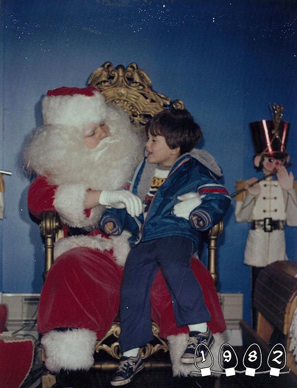 two-brothers-annual-santa-photos-34-years-3