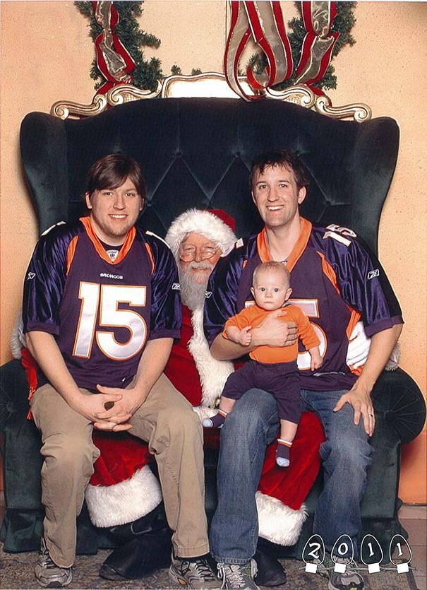 two-brothers-annual-santa-photos-34-years-32
