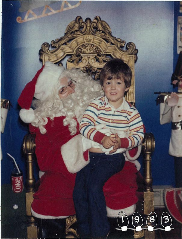 two-brothers-annual-santa-photos-34-years-4