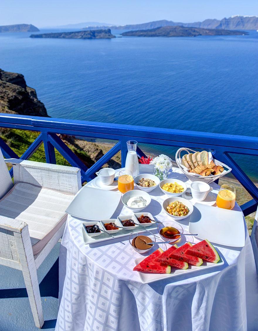 Astarte-Suits-Hotel-Greece