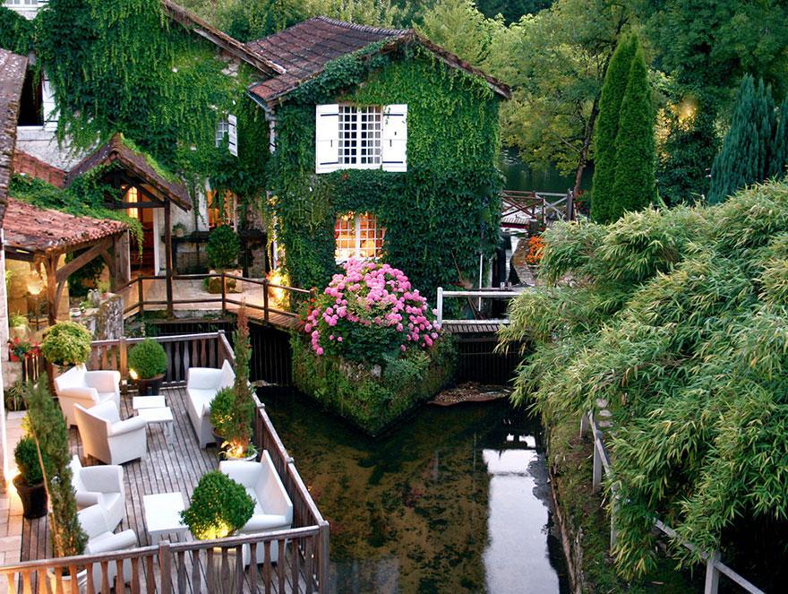 Hotel-Le-Moulin-du-Roc-France