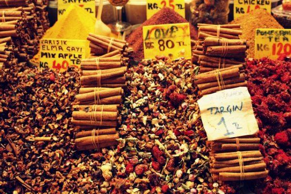 Mısır-Çarşısı-Aşk-Çayı