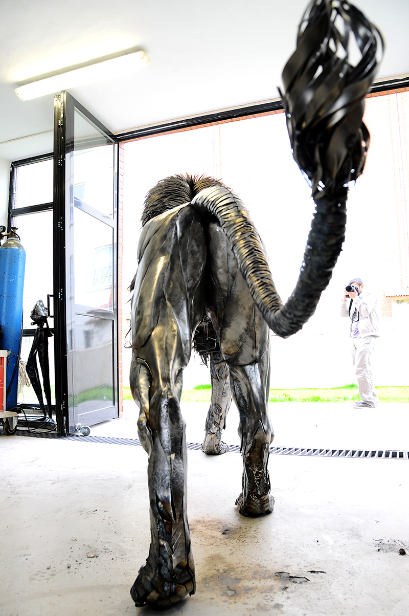 selcuk-yilmaz-aslan-heykeli (11)