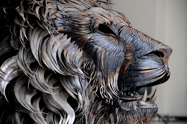 selcuk-yilmaz-aslan-heykeli (2)