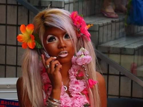 ganguro-girl-phone