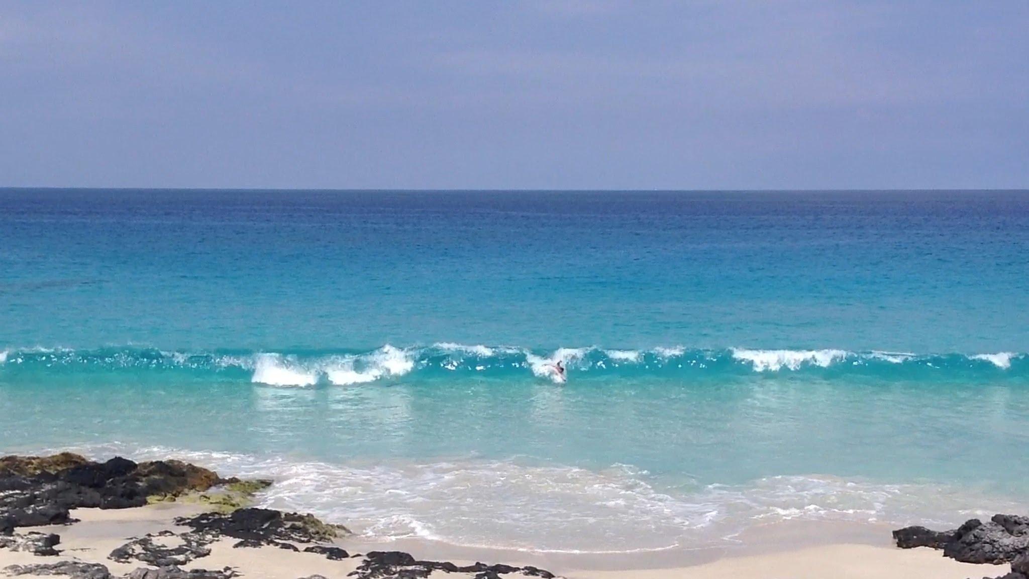 maniowali-beach
