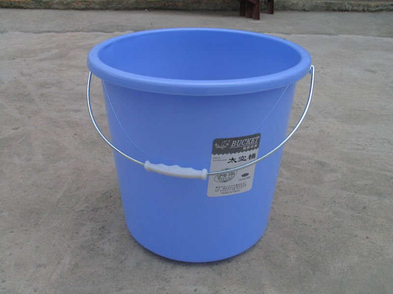 plastik-kova