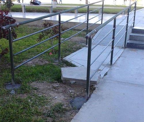 rampa-silla-ruedas-discapacitados-vereda-incompleta-pasto