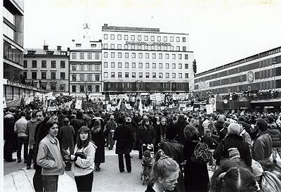 birlesmis-milletler-kadinlar-gunu-1977