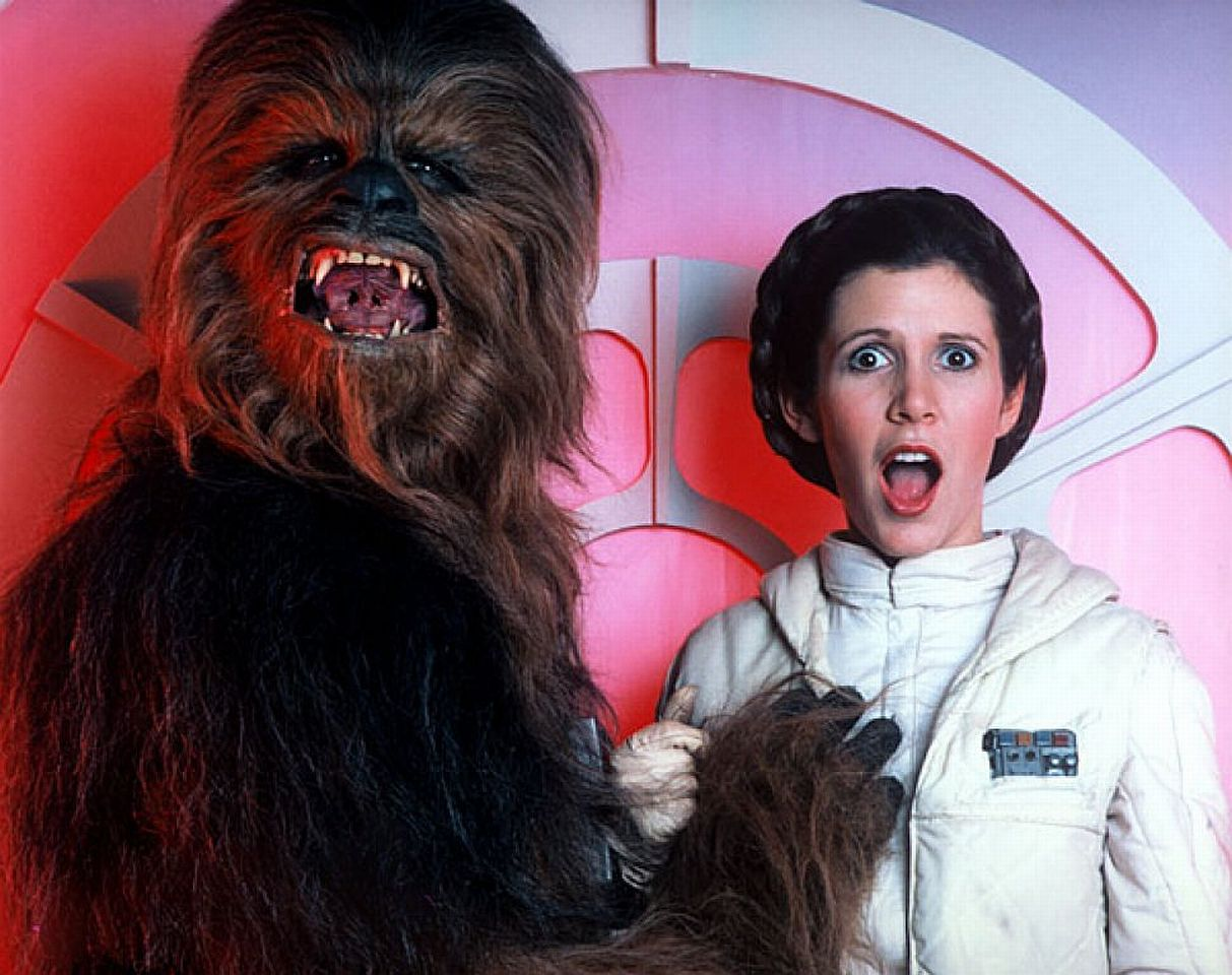 boob-grab-star-wars-carrie-fisher-Chewbacca-princess-leia-hd