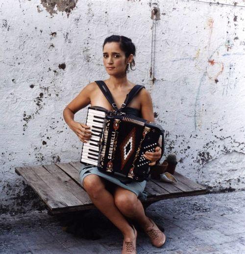 Julieta+Venegas+Julieta_Venegas