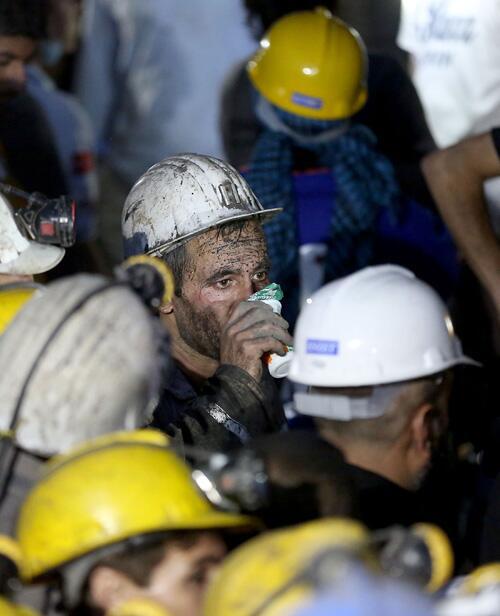 madenciler-kurtariliyor-soma