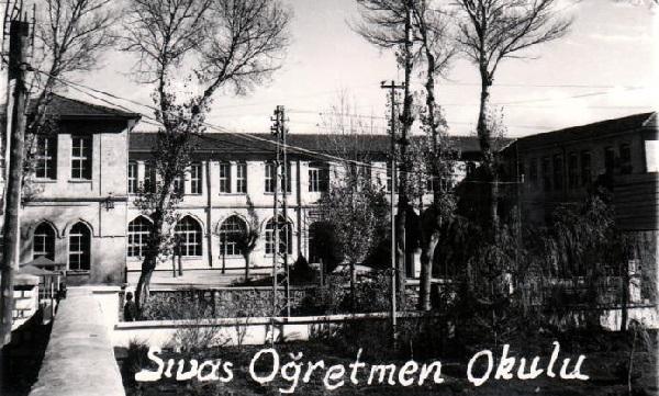 sivas-ogretmen-okulu