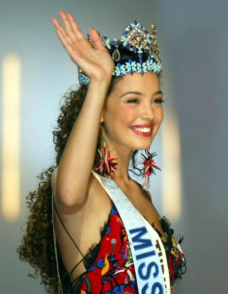 Miss Turkey, Azra Akin, waves to well wishers afte