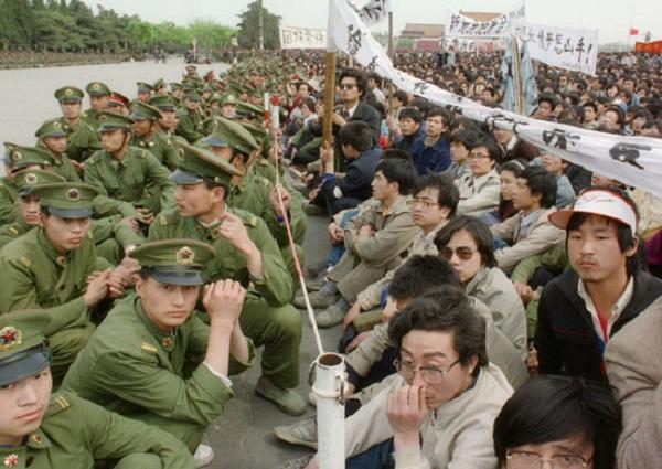 Tiananmen-Square-Several--003