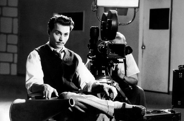 dusuk_butceli_filmlerin_yonetmeni_ed_wood-Johnny Depp-Johnny Depp