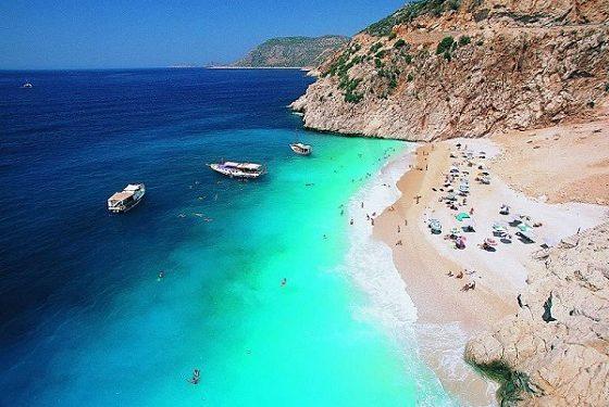 59fa4e8ba37bf Mavinin 50 Tonunu Görebileceğiniz 9 Cennet Plaj   ListeList.com