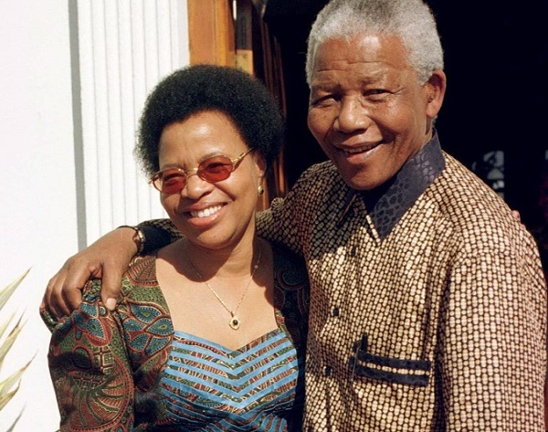 1998 - ucuncu esi machel ile evlendi mandela