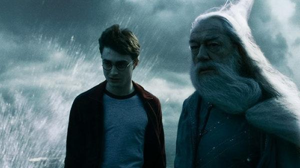 albus-dumbledore-ve-harry-potter