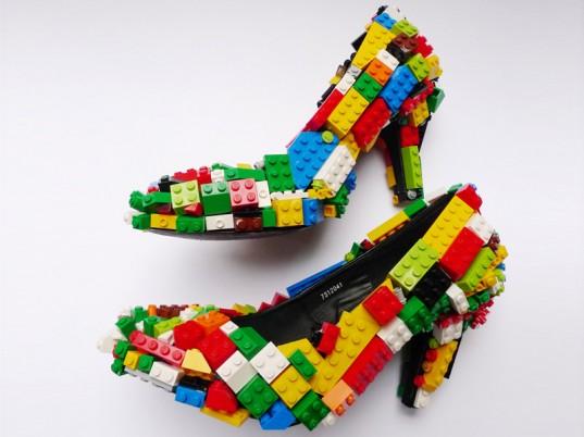 lego-desenli-ilginc-ayakkabi
