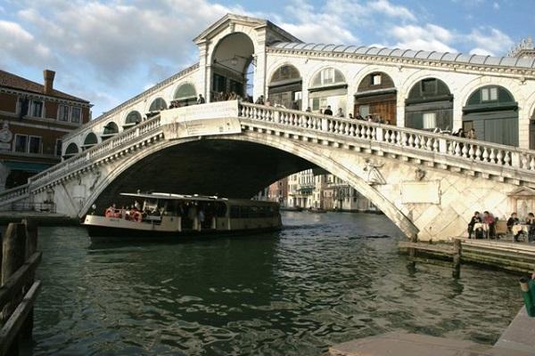 Rialto-Koprusu-Venedik