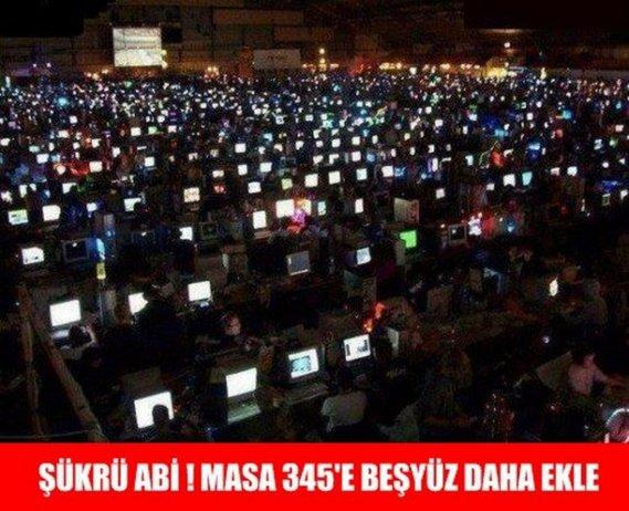 internet-cafe-2