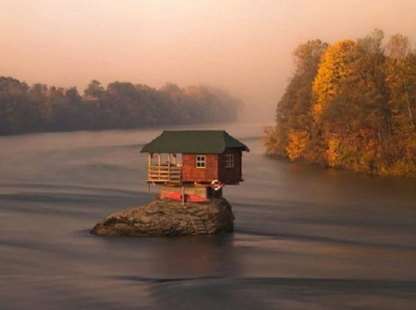 nehir-ev