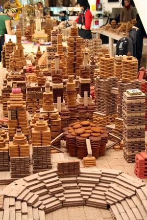72-bin-biskuviden-olusan-bir-tasarim-harikasi-listelist (2)