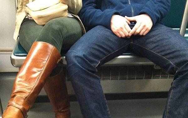 bacaklarini-topla-boston
