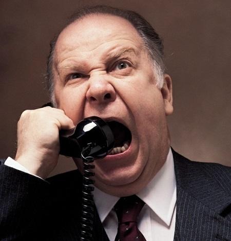 kizgin-telefon-gorusmesi
