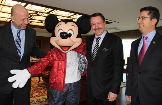melih-mickey-mouse