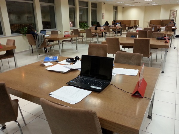 study-laptop-calisma