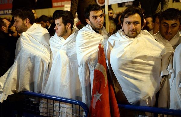 turkiye-cadilar-bayrami-kefen