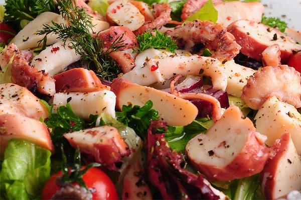 Ahtapot-Salata