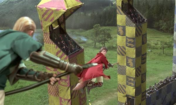 bir-snitchin-pesinde-kosan-14-cocuk-quidditch-harry-potter-serisi-listelist