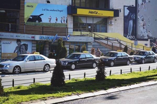 kosovada-taksiye-binmek-luks-degil-keyif-listelist