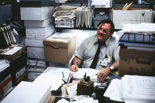 ofiste-adam
