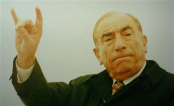 ulkuculerin-son-basbugu-alparslan-turkes-(1917-1997)-listelist (1)