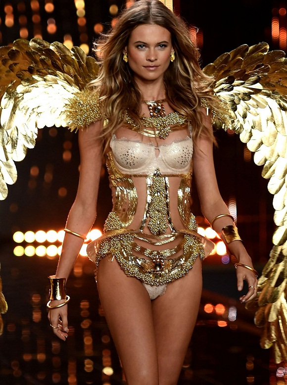 angel-behati-prinsloo-opened-the-show-which-was-held-in-london-this-year