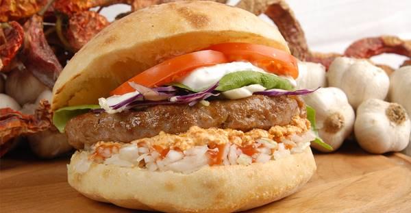 balkan-hamburgeri-pleskavitsa-listelist