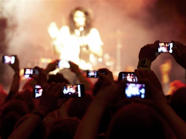 concert-phones
