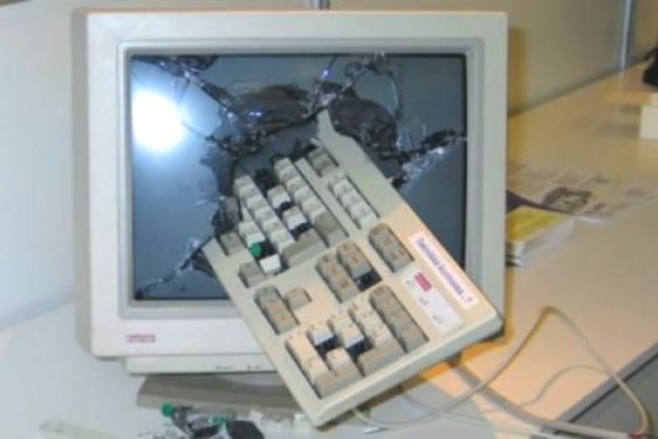 kirik-ekran-klavye