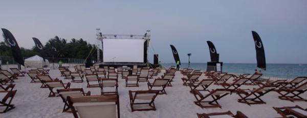riviera maya acik hava sinemasi